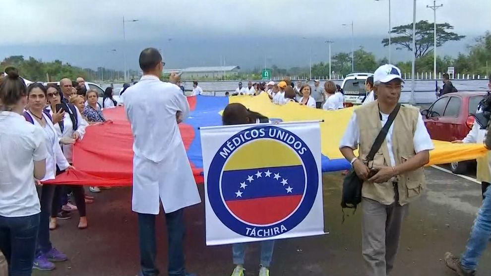 Dictadura de Nicolas Maduro - Página 24 1549825431269-protestamedicosvenezuela